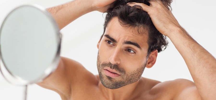 La caduta dei capelli e le cause 4e0f52cf4afb